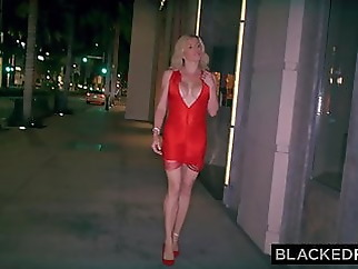 BLAKCEDRAW She sneaks out at night when her husband is aslee blonde blowjob top rated