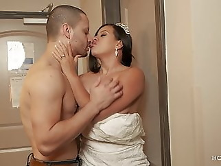 Bride leaves groom planted and fucks ex boyfriend brunette squirting hd videos